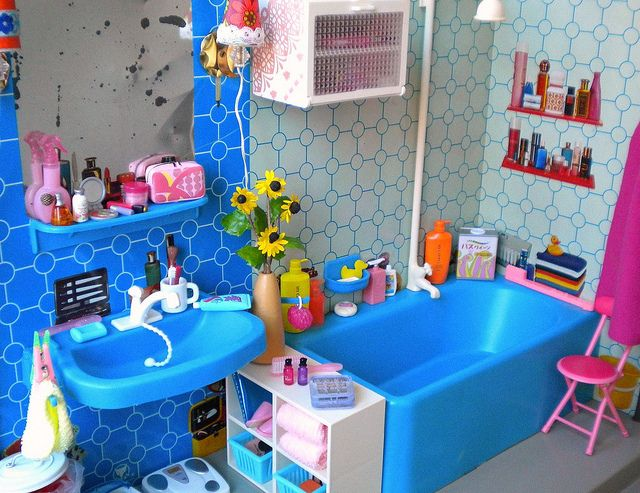 Girls bathroom 3   Flickr   Photo Sharing. 1000  images about Barbie Bathroom on Pinterest   Towels