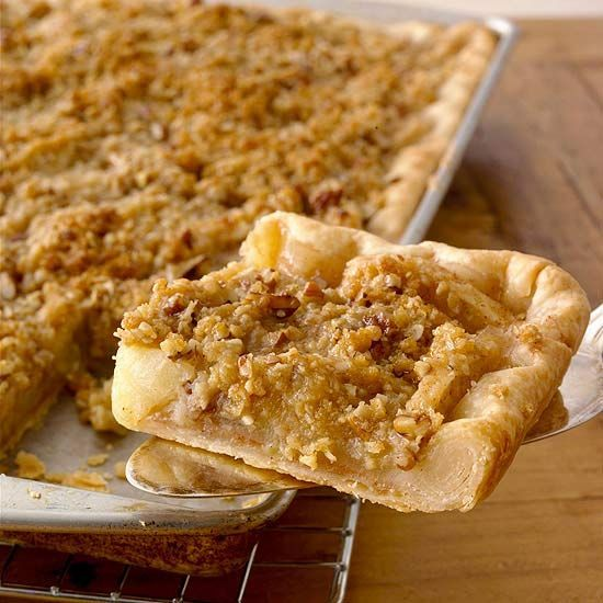 Thanksgiving pie - a cross between apple pie & apple crisp