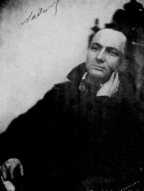 Charles Baudelaire (né à Paris le 9 avril 1821) photographié par Nadar - #O.Lettera-Ti - @Libriamo Tutti - http://www.libriamotutti.it/ -