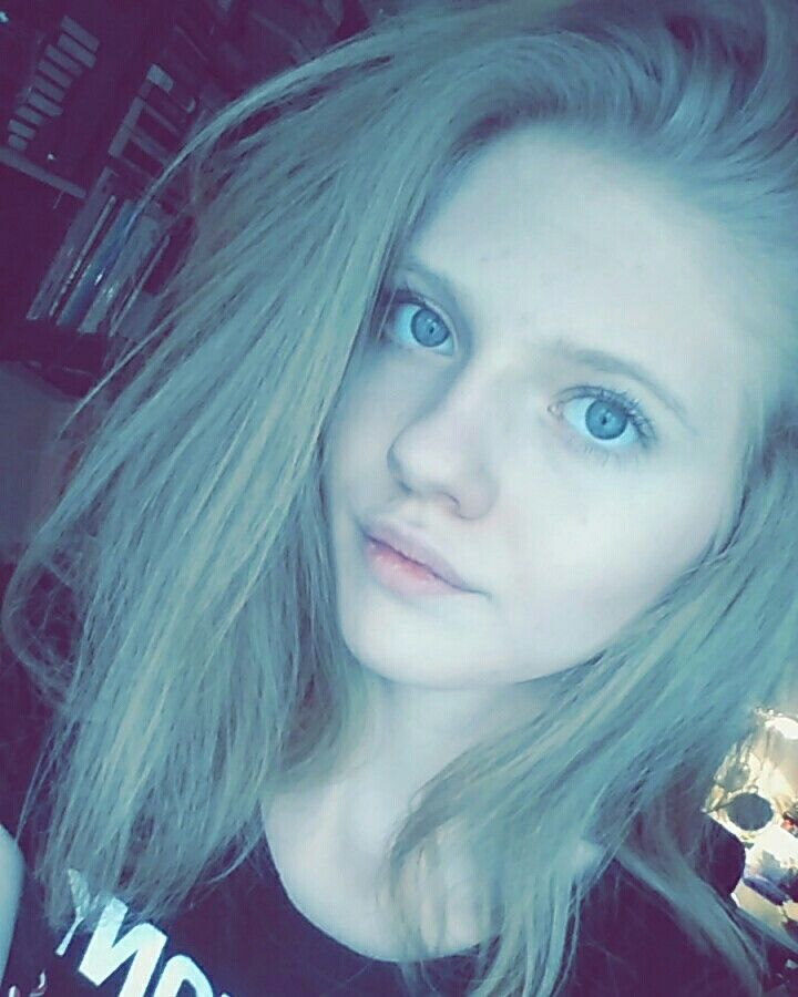Hair cut😊💜