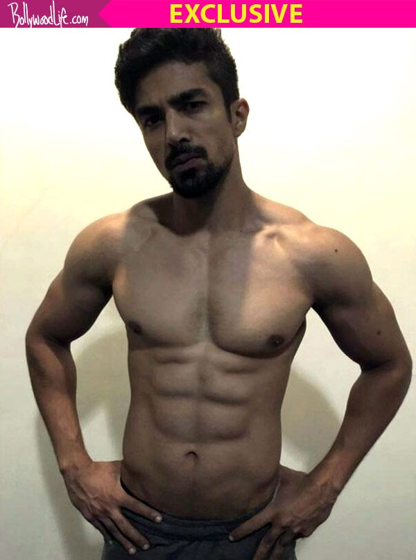 Want six pack abs like Race 3 actor Saqib Saleem? Here's the diet you need to follow! #FansnStars