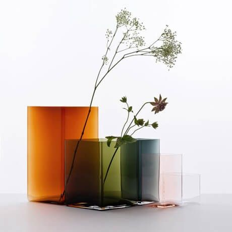 #ruutu #iittala #vase #scandistyle   #design #weissgallerygenova www.weissgallery.it