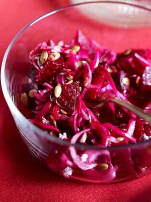 【ELLE a table】ビーツと赤玉ねぎのサラダレシピ|エル・オンライン