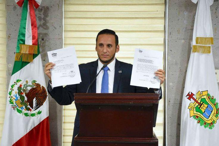 PAN recluta a priistas de obscuro pasado para tener mayoría en el Congreso de Veracruz - proceso.com.mx