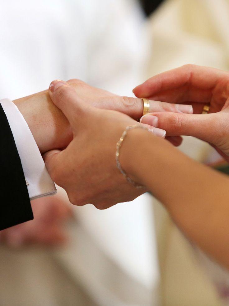 Romantik, Liebe, das ewige Treue-Versprechen - das alles verbinden wir mit dem schönsten Tag unseres Lebens. Doch der Tag unserer Hochzeit