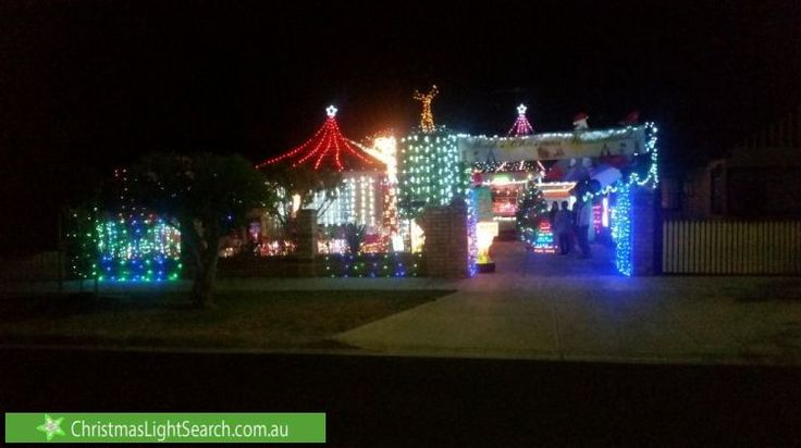 Christmas Lights in Sunshine, VIC. http://xmaslights.co/sunshine