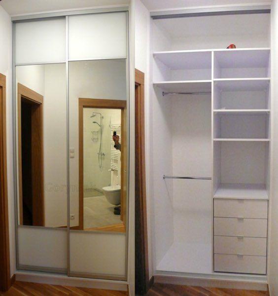 Drzwi przesuwane z szyby Matelac RAL9003 i lustra w okuciach Bonari PORTLAND - drzwi i szuflady z domykaczami