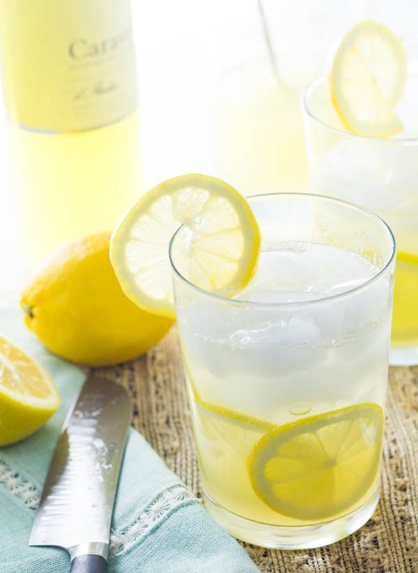 Limoncello Tom Collins - Kettle One Vodka, Limoncello, club soda and fresh lemon juice. Light and refreshing.