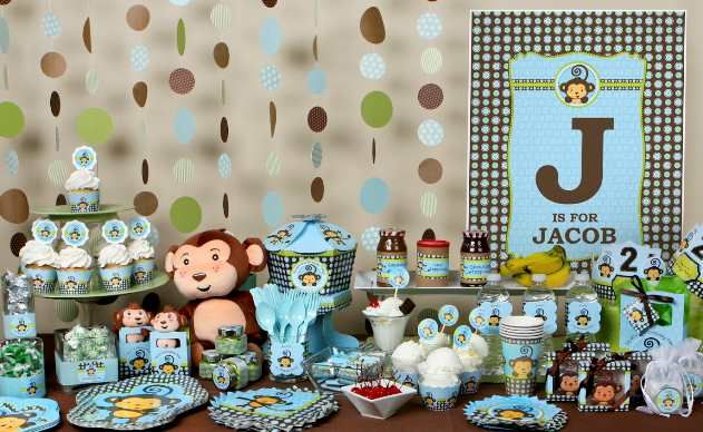Boy Birthday Party Decorating Ideas *Like this cardstock circle design