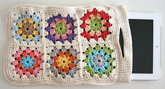Granny Square ipad sleeve crochet pattern pdf tutorial by Revlie, $10.00    *** thanks for pinning me! <3 ***