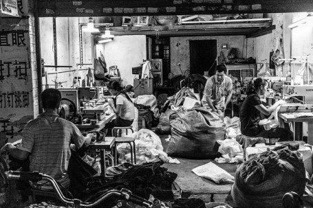 Fashion lovers take note: Know where your clothing comes from. #sweatshophttp://ecosalon.com/a-dose-of-reality-at-a-sweatshop-norwegian-fashion-lovers-get-an-eye-opening-experience/
