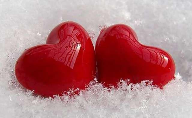 Cinta Sesungguhnya Kamu hadir membawa warna baru... Kamu obati luka ku tentang masa lalu... Kamu mampu mengubah kehidupanku... Jauh lebih baik dari kehidupan yang lalu...  Kamu manusia sederhana yang mampu memberikan cinta yang luar biasa.... Cinta yang tak mampu di ungkapkan oleh kata kata...   #Cinta #Cinta Sejati
