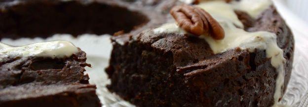 Slanke en gezonde chocolade cake met courgette