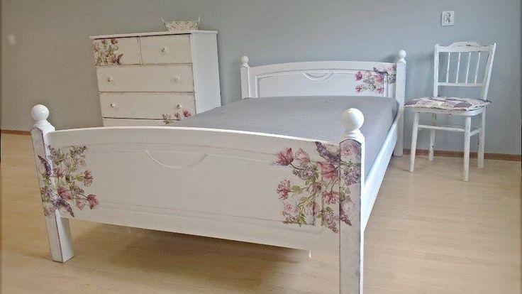 Łóżko drewniane w stylu prowansalskim z komodą