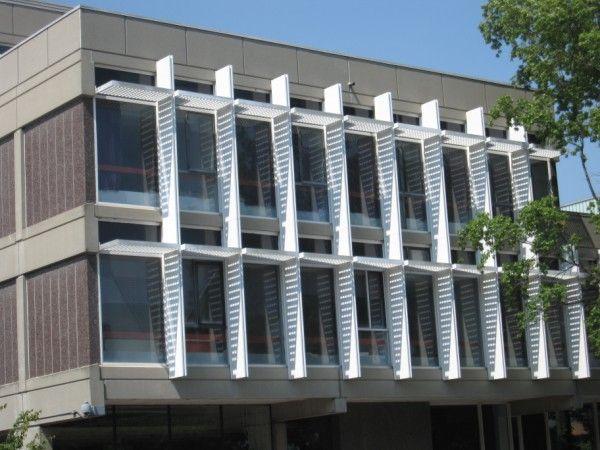 Harvard Science Center, Josep Lluis Sert