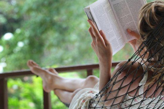 Relaxation Ideas for mental health days  www.beautyanddetox.com #destress #relax
