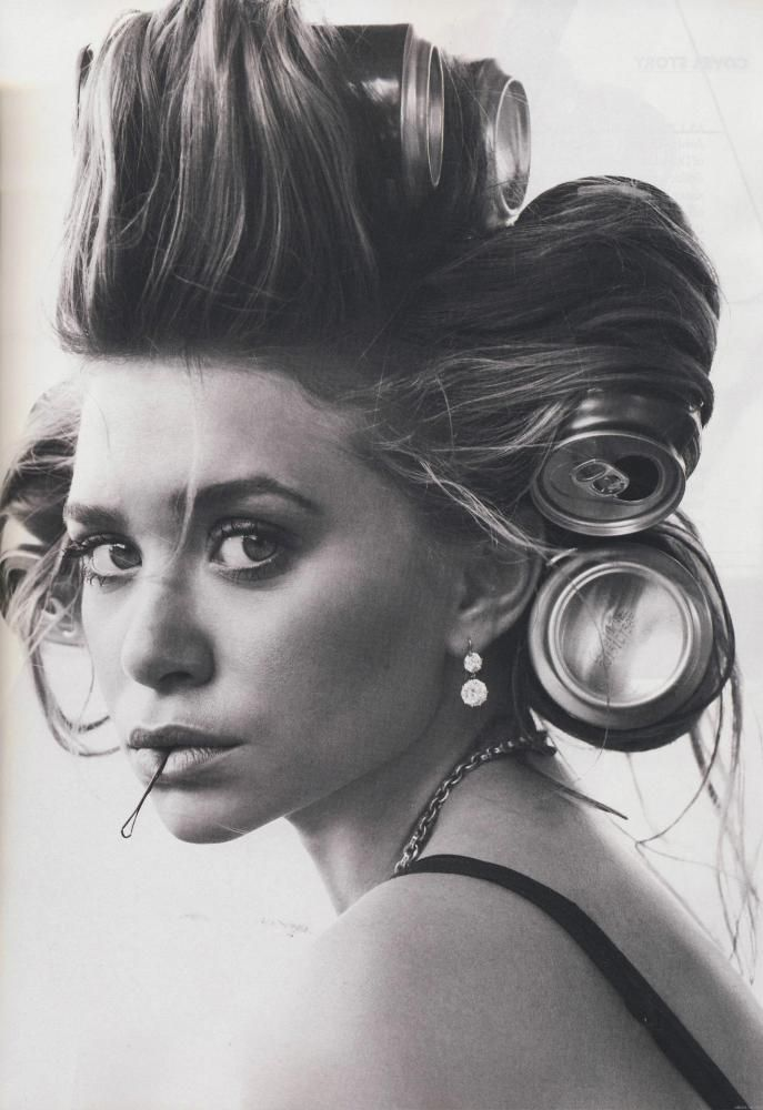 Ashley Olsen : Beer can hair