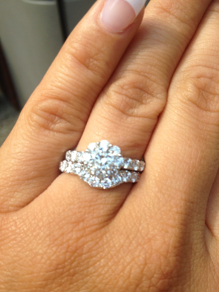 Leo Diamond My Ring!!!! #cupcakedreamwedding