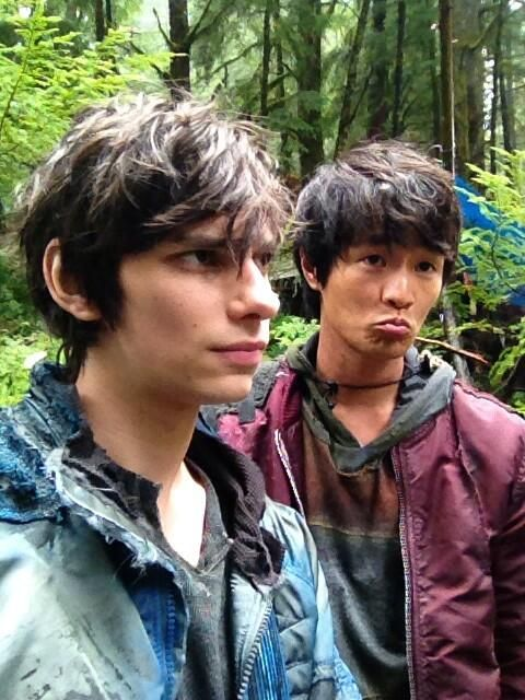 Dev Bostick and Chris Larkin - Jasper Jordan and Monty Green II The 100 ships: Jonty