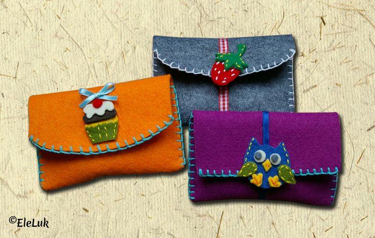 Allegre pochette per tenere in ordine i propri trucchi, accessori, o perché no...usarle come astucci? #feltro #handmade #pochette #astucci #regali