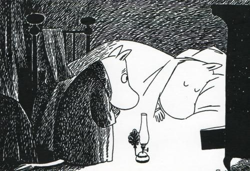 Moomintroll tries to wake up Moominmamma