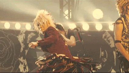 The GazettE. Ruki kick!!!! gif funny