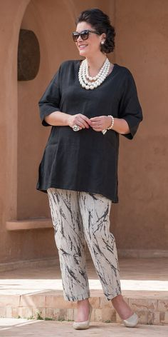 Kasbah black linen short sleeve pocket top and pattern trouser