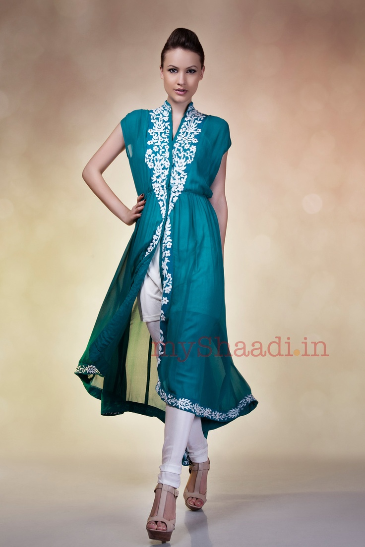 myShaadi.in  Indian Bridal Wear by Karishma Kimatrai