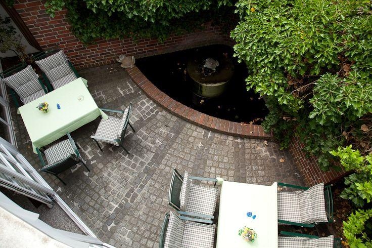 Das Akzent Hotel Deutsche Eiche – ausgestattet mit 36 Zimmern – liegt mitten in der Lüneburger Heide und bietet Ihnen eine familiär-herzliche Atmosphäre.
