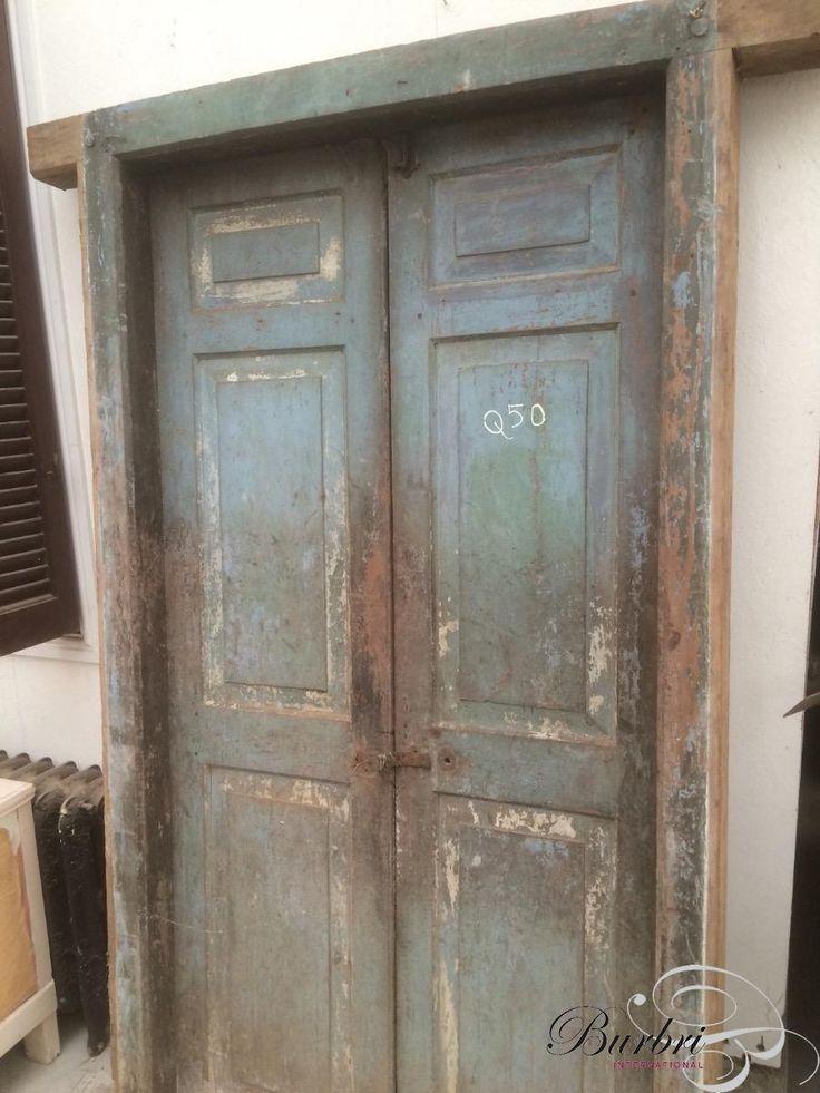 Antiek deuren met kozijn - Oude bouwmaterialen - Burbri