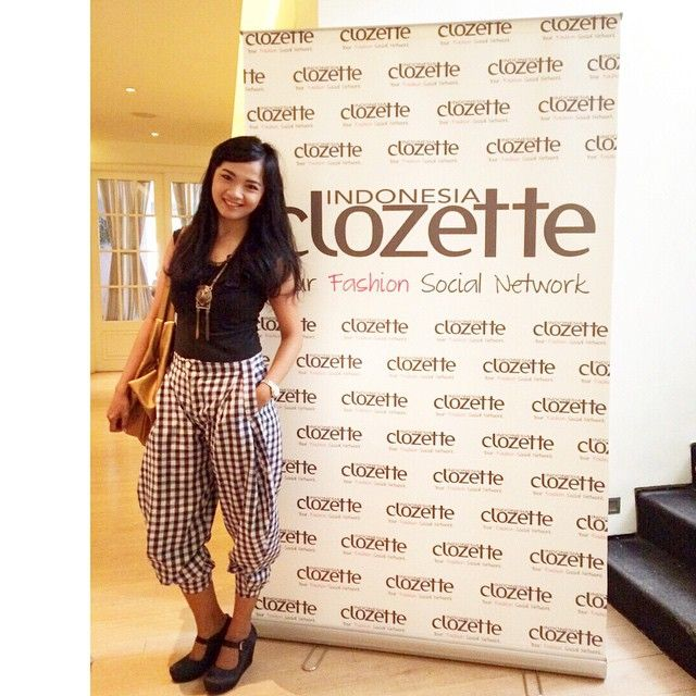 Attend Clozette Indonesia Meet up with this comfy outfit..  top and pants by Swanstwenty Necklace by ZARA.. bag by NOSE malaysia.. watch by CASIO Indonesia Shoes by iwear UP by Diana Rikasari  cheers!!!