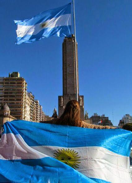 20 de junio , Dia de la Bandera . Festejos en el Monumento a la Bandera en Rosario , Santa Fe . . .