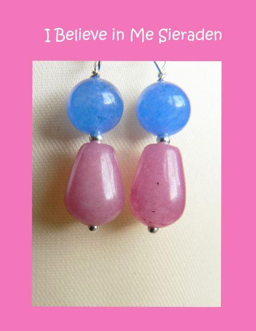 Heel vrolijke zomerse oorbellen van morganiet en blauwe kwarts. Morganiet