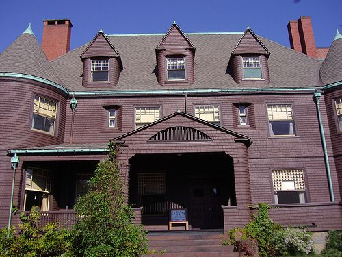17 best images about shingle style on pinterest queen for Shingle style architecture