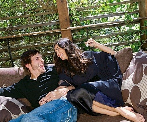 Tour Demi Moore and Ashton Kutcher's 1950s Canyonside California Home