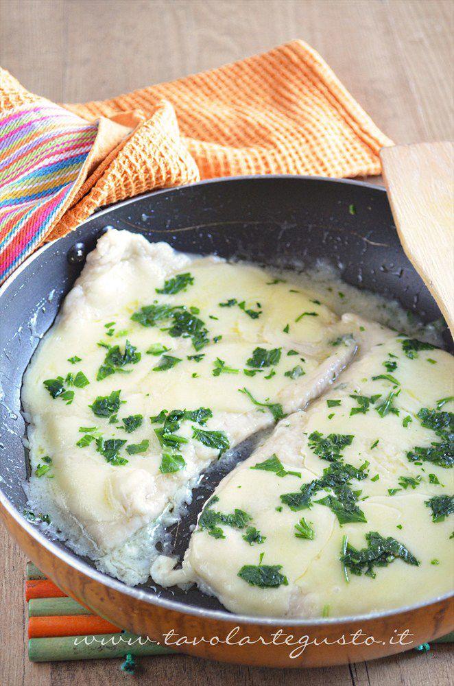 Petto di pollo al formaggio - Ricetta Petto di pollo al formaggio - Tavolartegusto.it