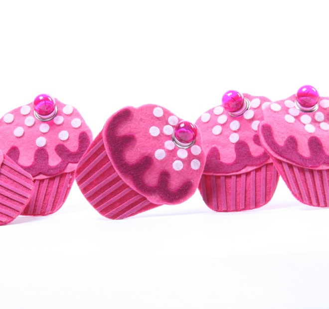 Rouge Living String Lighting Felt Cupcake