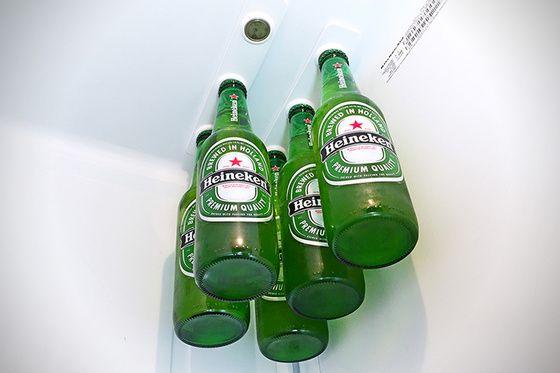 Et Dieu (Kickstarter) créa l'aimant à bières aimant pour bieres dans le frigo (Strong like bull magnets)