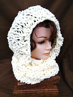 knitting pattern, cowl or hood, cowl pulls up to cover head, Easy beginner knitting pattern,  worked flat, on Ravelry http://www.ravelry.com/patterns/library/906---soft-bulky-cowl-hood