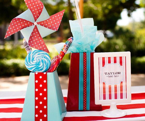 red and aqua: Pretty Pinwheels, Colors Combos, Aqua Red, Birthday Parties, Aqua Parties, Red Aqua, Pin Wheels, Parties Ideas, Bday Parties