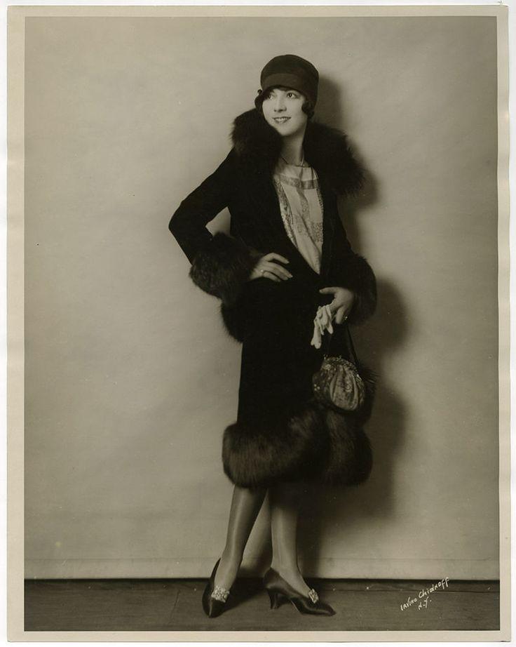 Stylish Flapper Lois Wilson Vintage '20s Large Format Irving Chidnoff Photograph