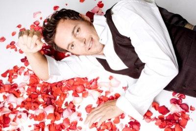 Giorgio Marchesi nato a Bergamo, il 23 febbraio 1974 è un attore italiano.