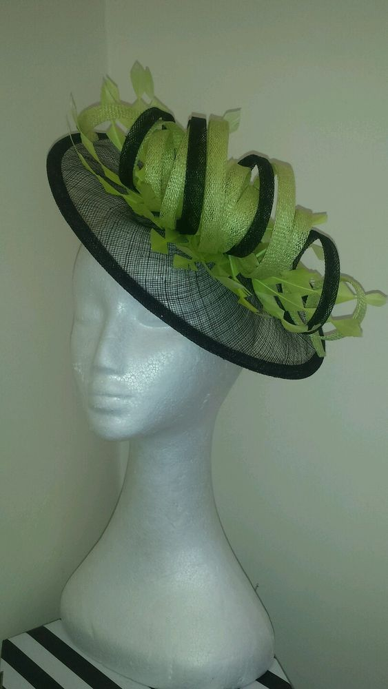 Black and Citrus lime green fascinator / Hatinator for wedding / the races