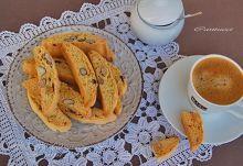 Τα ιταλικά: καντουτσίνι ή μπισκότα του Πράτο