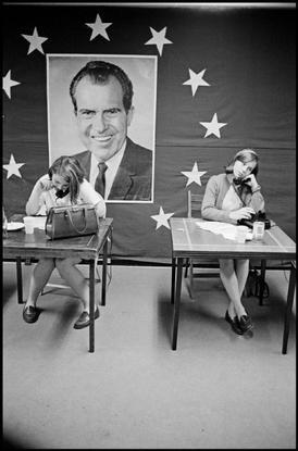 Magnum Photos Photographer Portfolio - USA. 1968. Greenville, South Carolina. Nixon campaign headquarters. - Hiroji Kubota