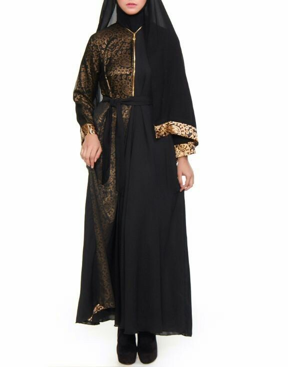 Jubah abaya arab. Warna hitam dan gold ekslusif #hijab #hijabfashion #fashion #shayla