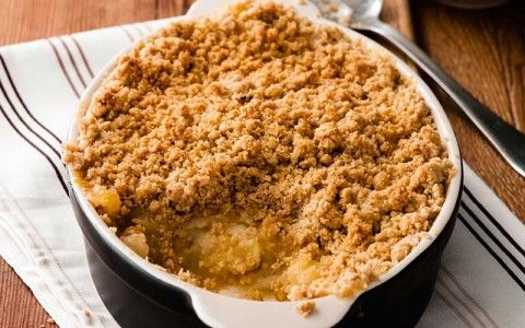 Apple Crumble with oat topping