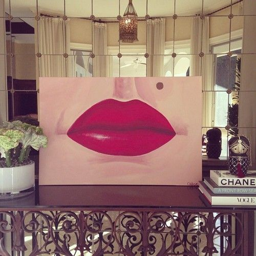 New painting by my 9 yr old girl- Marilyn Monroe's lips  Love how my little girl located Monroe's beauty mark.