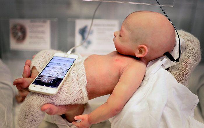 Sputnik Türkiye ///  Babyclon: Ürkütücü ve bir o kadar da gerçekçi silikon bebekler