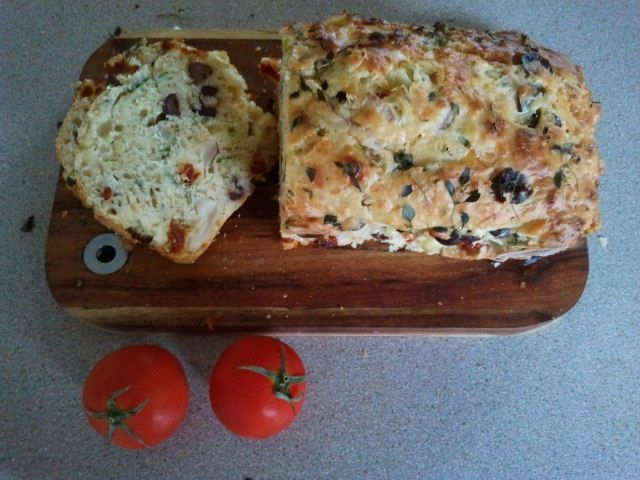 Thyme, Olive and Sundried Tomato Buttermilk Bread